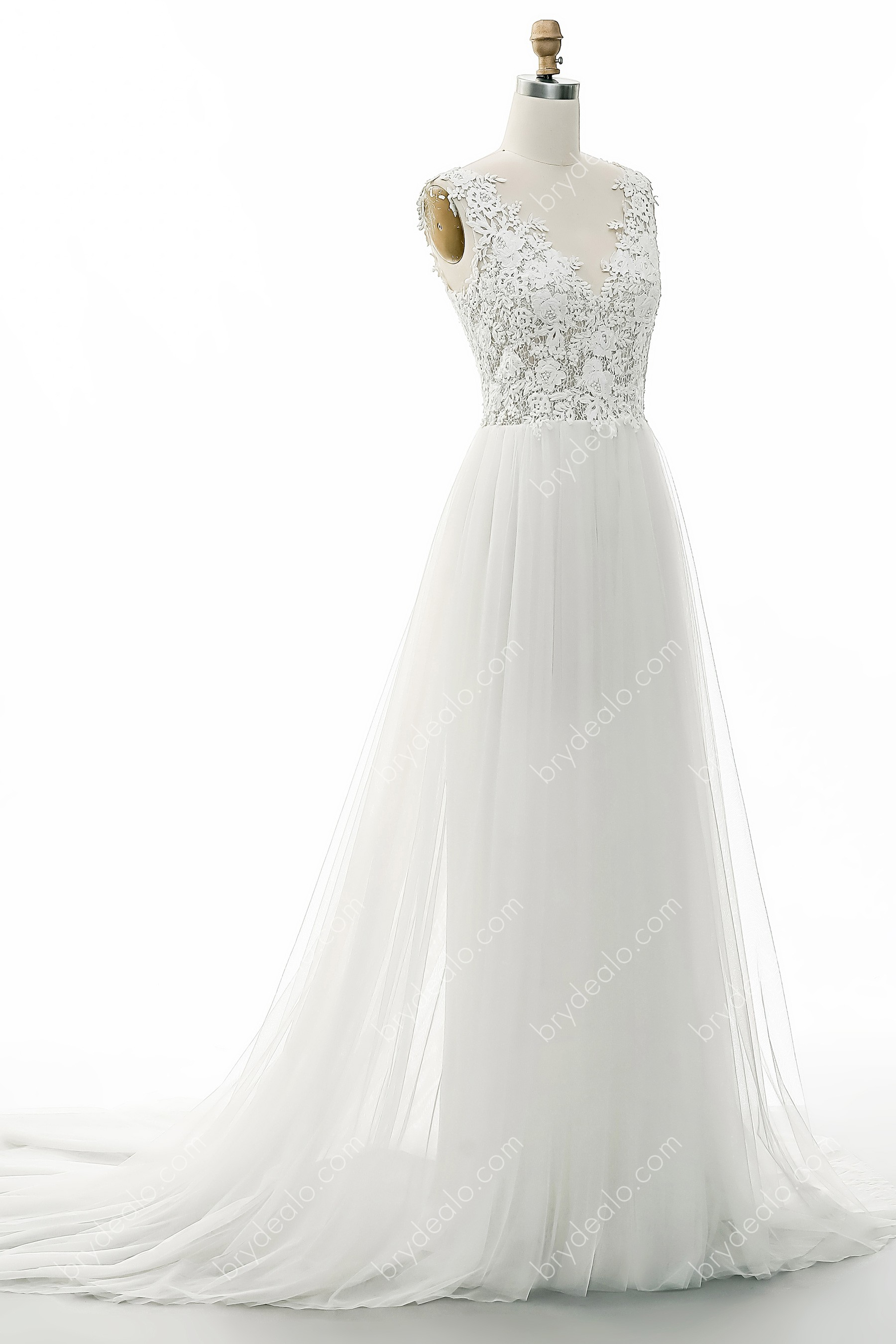 Flower Lace Tulle A Line Wedding Dress With Chapel Train